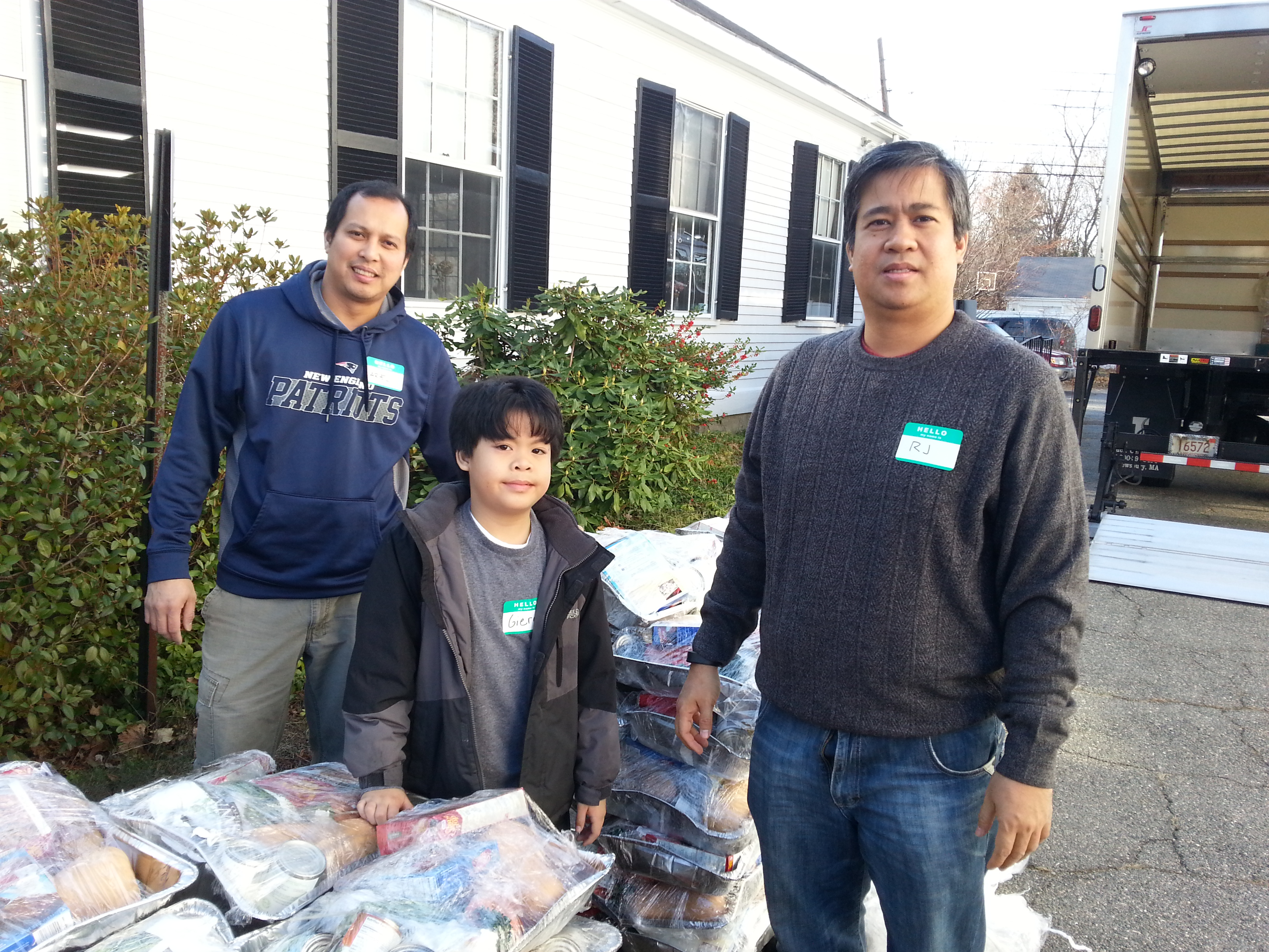 Knights Assist The Dedham Food Pantry Turkey Give Away
